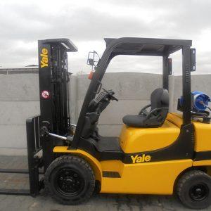 YALE GLP25RK, seria B871R10377K, an 2012 (2)